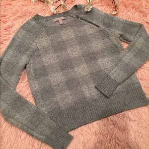 Banana Republic Woman Grey Pullover Sweater
